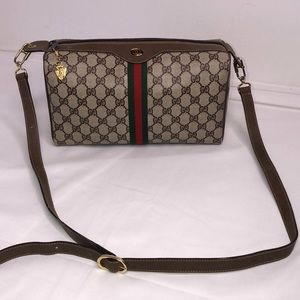 Vintage GG PLUS crossbody bag